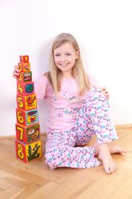 Dětské pyžamo růžové - vzor kytičky